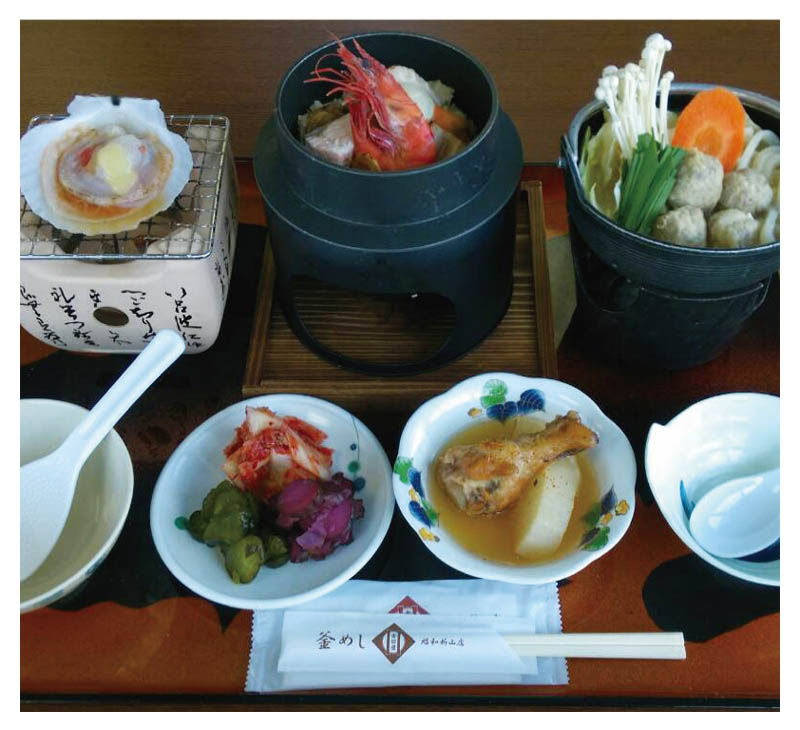 Three color Kama-meshi and Shinzan-nabe set meal